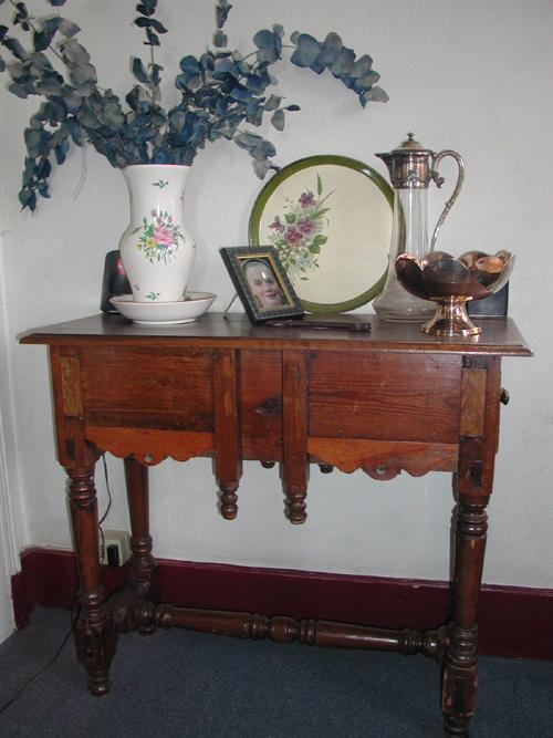 estimation de meubles anciens a vannes expertise de mobilier de style en bretagne estimation. Black Bedroom Furniture Sets. Home Design Ideas